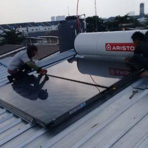 pemasangan solar water heater ariston